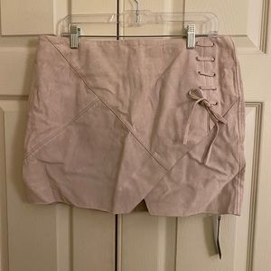 NWT blankNYC suede skirt size 31